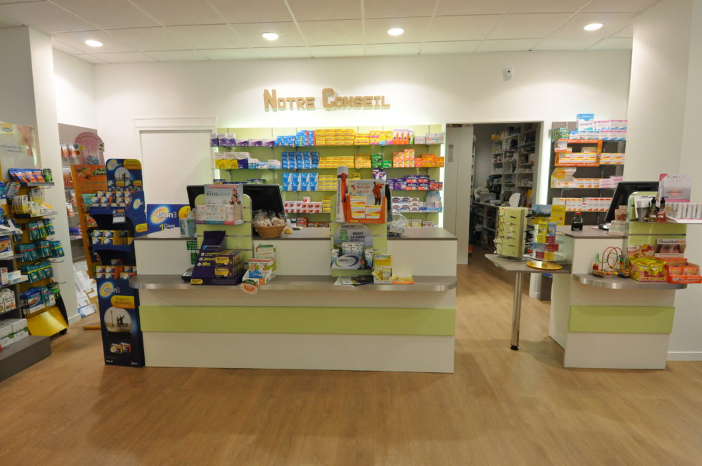 Comptoir de pharmacie archigami agencement - Le comptoir des pharmacies ...